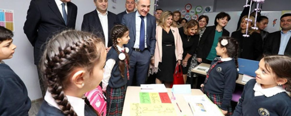 Education Minister Promotes Georgian Language in Marneuli